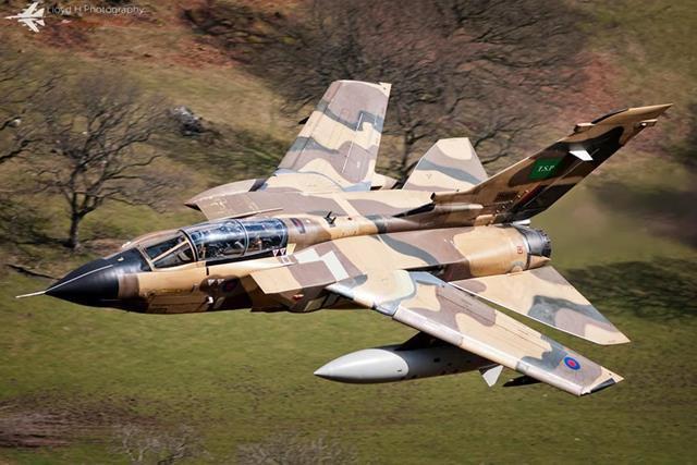 jet-ucak-gorselleri-tornado-id (Copy).jpg