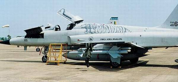 F-5E 03.jpg