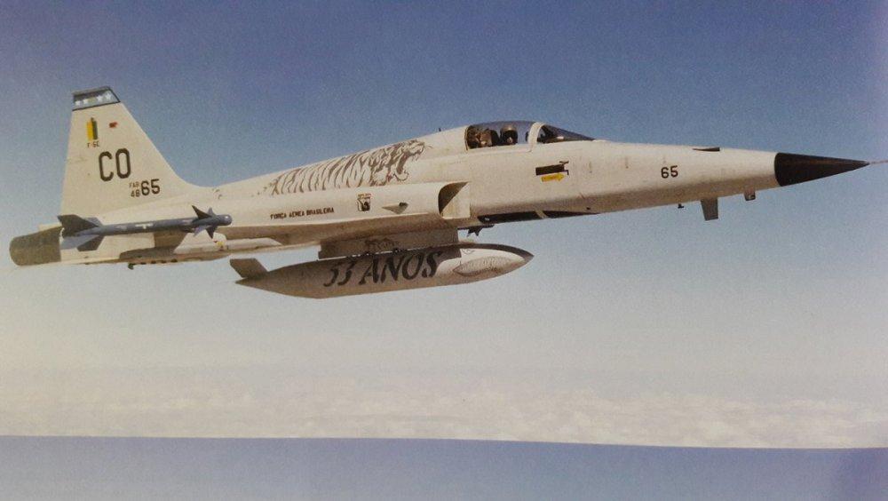 F-5E 01.jpg