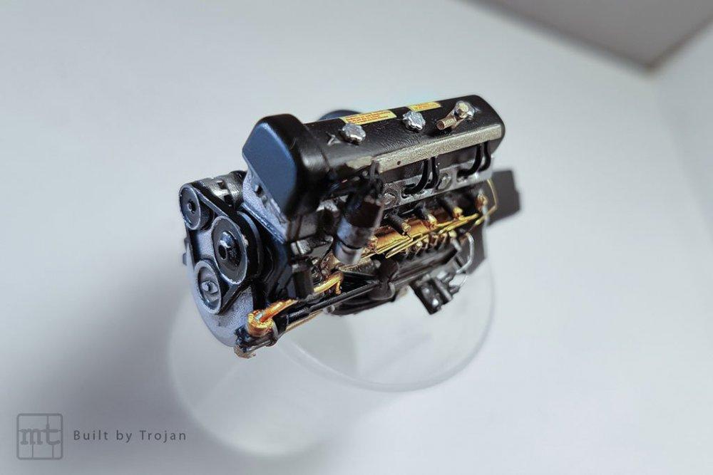 Mercedes-300-SL-Tamiya-fot16.jpg