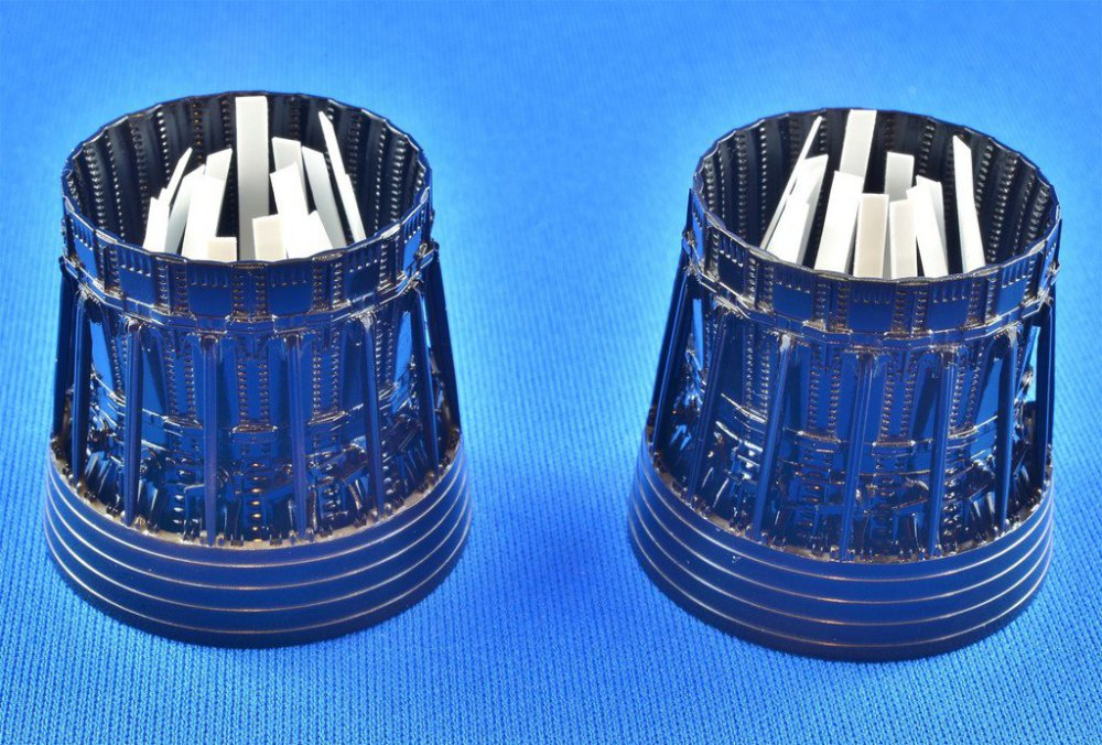 Enginestreaks1.thumb.jpg.4dbcc407d4ba50c01e0f8c92fb9259ed.jpg