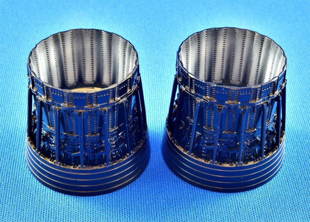 Enginestreaks3.thumb.jpg.0cf967b0f405cee2d83de7be94d9944f.jpg