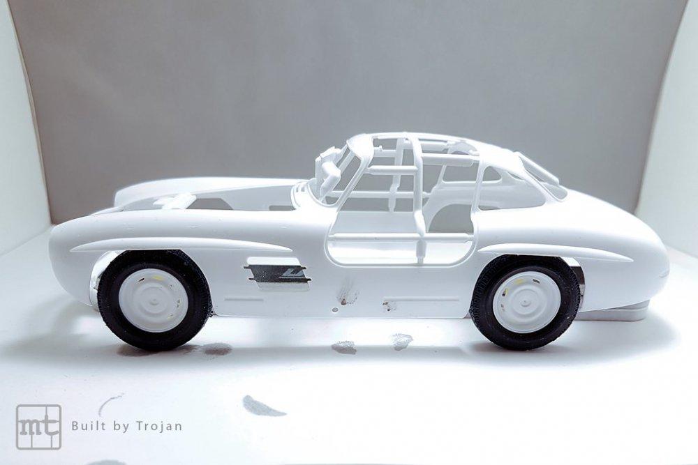 Mercedes-300-SL-Tamiya-fot23.jpg