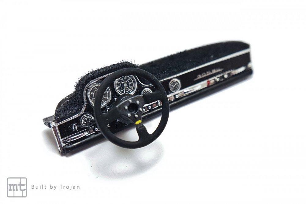 Mercedes-300-SL-Tamiya-fot36.jpg