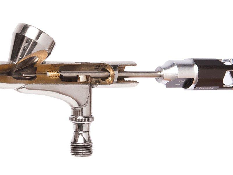 Iwata-Airbrush-Maintenance-Kit-C.jpg.9e9c94d4621c4c0f613569eaddfb2cce.jpg