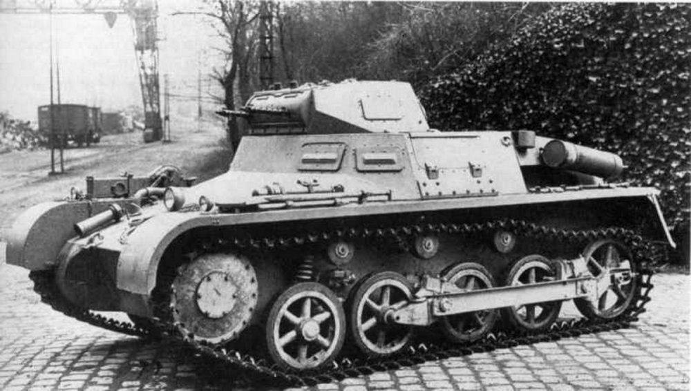 2119092406_PanzerkampfwagenIAusfA(SdKfz101)-MG13k.thumb.jpg.aa45b591bbd4930ab40c780cb186e5ee.jpg