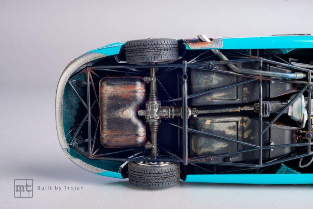 Mercedes-300-SL-Tamiya-fot-21.jpg