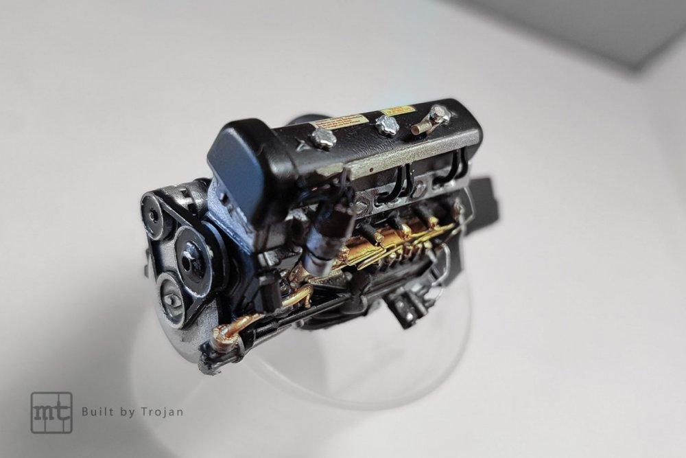 Mercedes-300-SL-Tamiya-fot-3.jpg