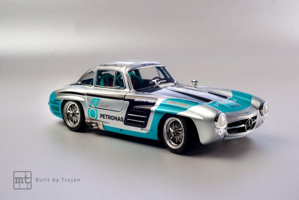 Mercedes-300-SL-Tamiya-fot-8.jpg