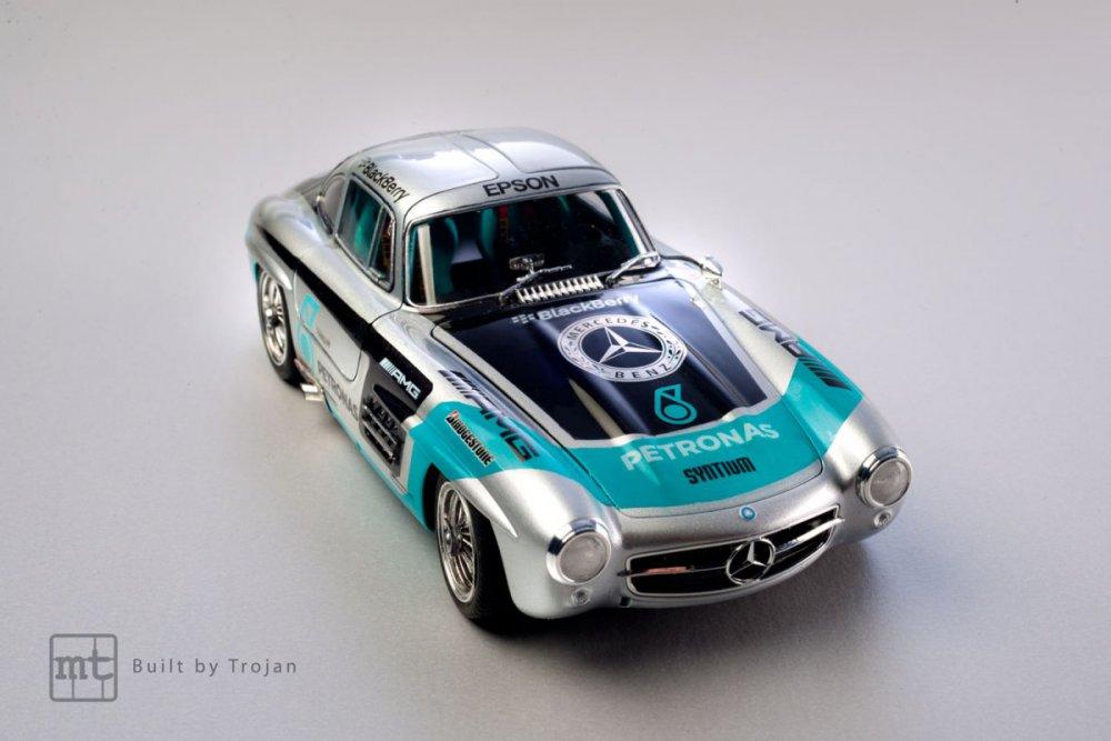 Mercedes-300-SL-Tamiya-fot-9.jpg