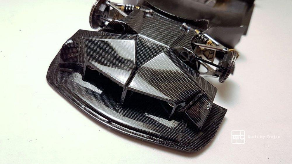 Mercedes-CLK-GTR-Tamiya-31.thumb.jpg.1e0313212fe22ec2991dce83ed8d1685.jpg