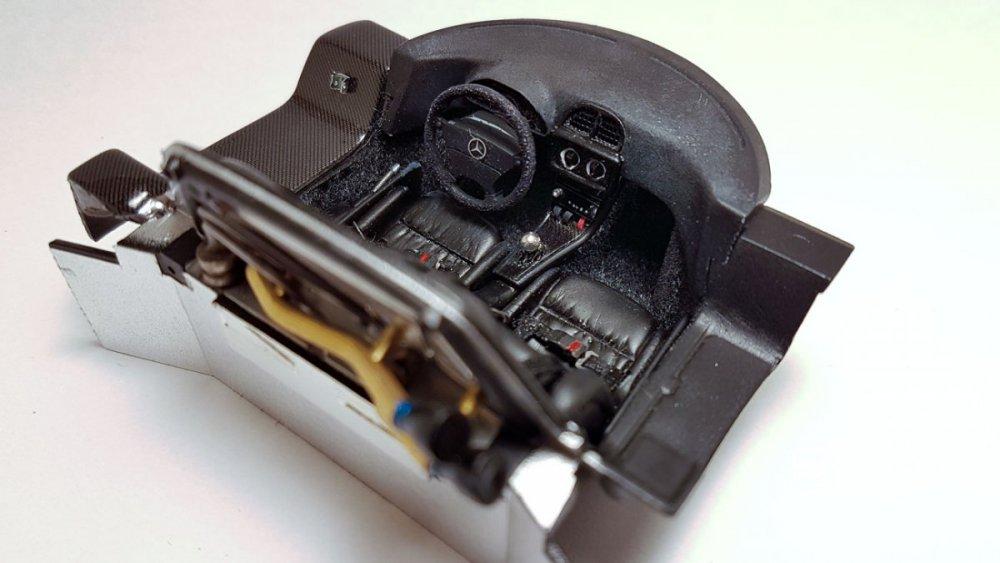 Mercedes-CLK-GTR-Tamiya-34.thumb.jpg.e9eb14c6d571aa239a850db7ffdda288.jpg