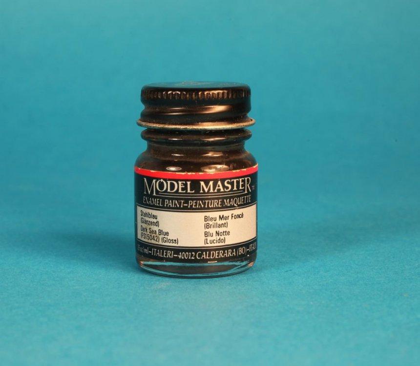 FS15042 Dark Sea Blue Gloss Model Master.jpg