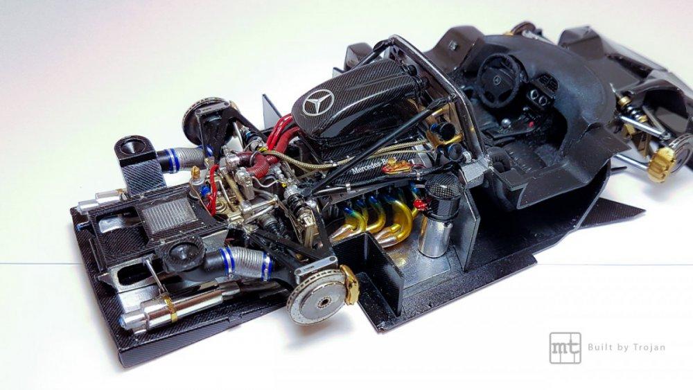 Mercedes-CLK-GTR-Tamiya-37.jpg