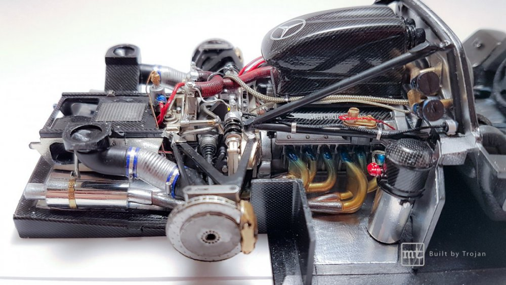 Mercedes-CLK-GTR-Tamiya-41.jpg