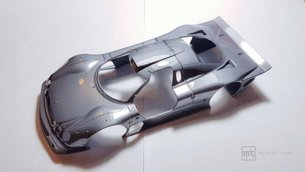 Mercedes-CLK-GTR-Tamiya-16.thumb.jpg.d8918fae3b27a4c26e24a776f6da357e.jpg