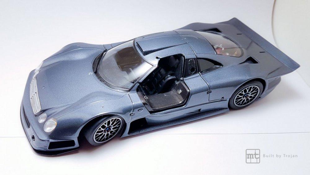 Mercedes-CLK-GTR-Tamiya-23.thumb.jpg.571f242a50c9c50cfc63193d8f80479a.jpg