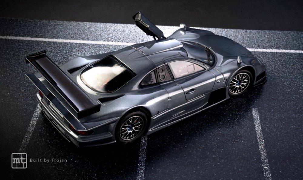 Mercedes-CLK-GTR-Tamiya-fot6.thumb.jpg.5a9dc677f14f97cc69efa9659f948ef8.jpg