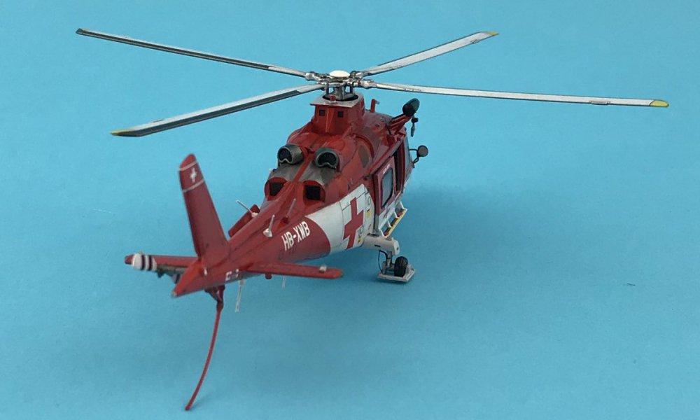 290506841_AgustaA-109K2REGA043g.thumb.jpg.cfa08c315c8592f905cd3af7be0dacc7.jpg