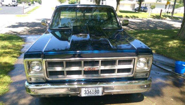 73-87-chevy-gmc-1979-gmc-c1500-sierra-classic-standard-cab-pickup-2-door-57l-10.JPG
