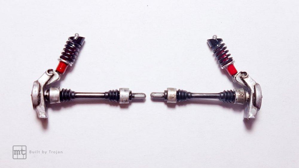 Ferrari-F40-Tamiya-fot17.thumb.jpg.4172dacddb56c088d15007fbe899c8c1.jpg