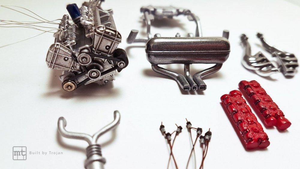 Ferrari-F40-Tamiya-fot4.thumb.jpg.60f4d8e5b922da64f4958f69ed4eee12.jpg