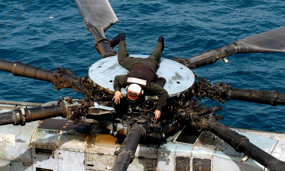 CH-53E_SUPER_Stallion1.thumb.jpg.d02d585c606a651d3a98af44eb13e421.jpg