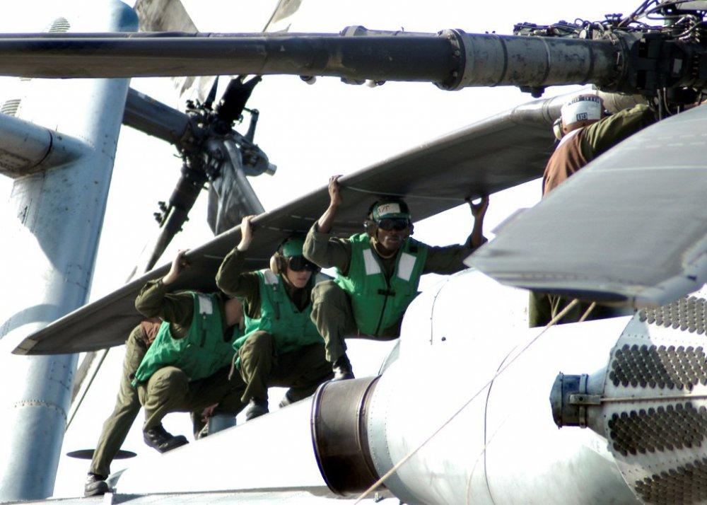 CH-53E_Super_Stallion.thumb.jpg.8b9161db7197c613dcb01c0e01928937.jpg
