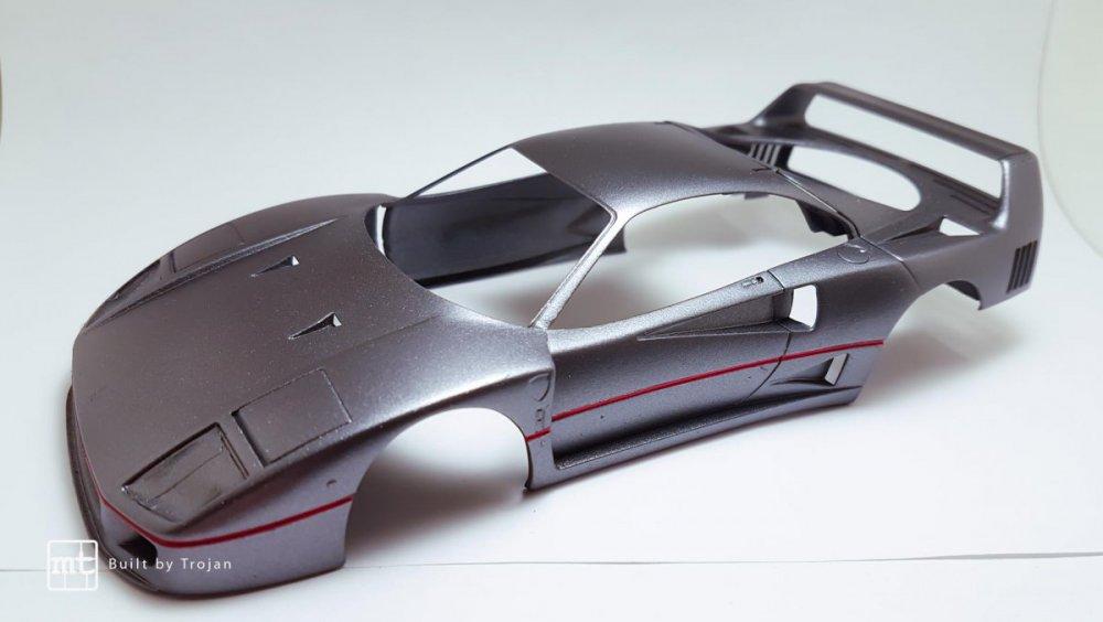 Ferrari-F40-Tamiya-fot50.thumb.jpg.bc90f321a6c9f01573034945cff995eb.jpg