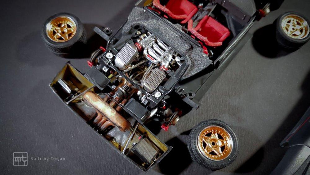 Ferrari-F40-Tamiya-fot54.thumb.jpg.37296728a8778c057e9a681d67c9d24f.jpg