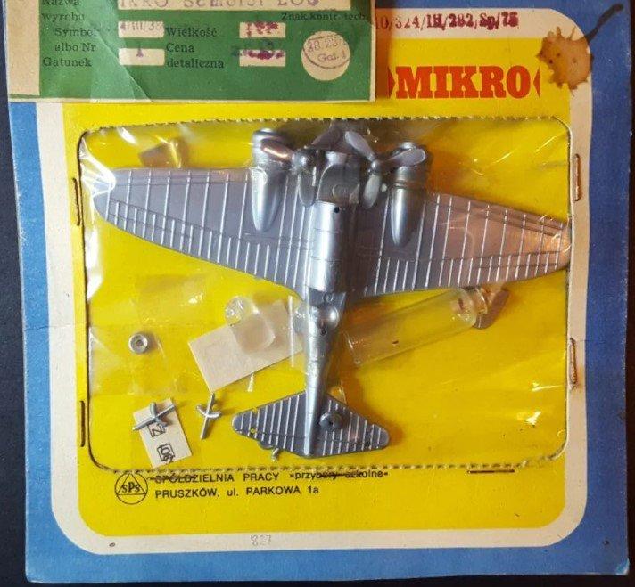 mikro 144 łoś.jpg