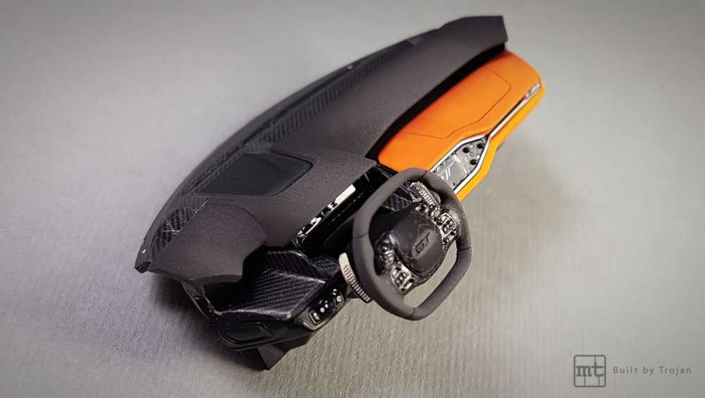 Ford-GT-Tamiya-fot-16.thumb.jpg.2e344f4e496fa11bf2634e24f4589741.jpg