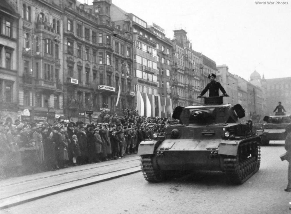 Panzer_IV_Ausf_A_1939.thumb.jpg.46fdb710f4279298931ace3ad4fe298c.jpg