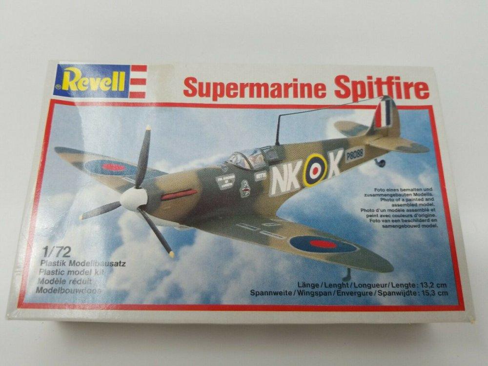 Supermarine-Spitfire-Revell-172-Scale-Model-Kit-MKII.jpg