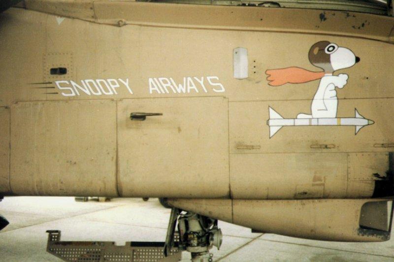 Tornado GR 1 'Helen' ZD892 Snoopy Sidewinder.jpg