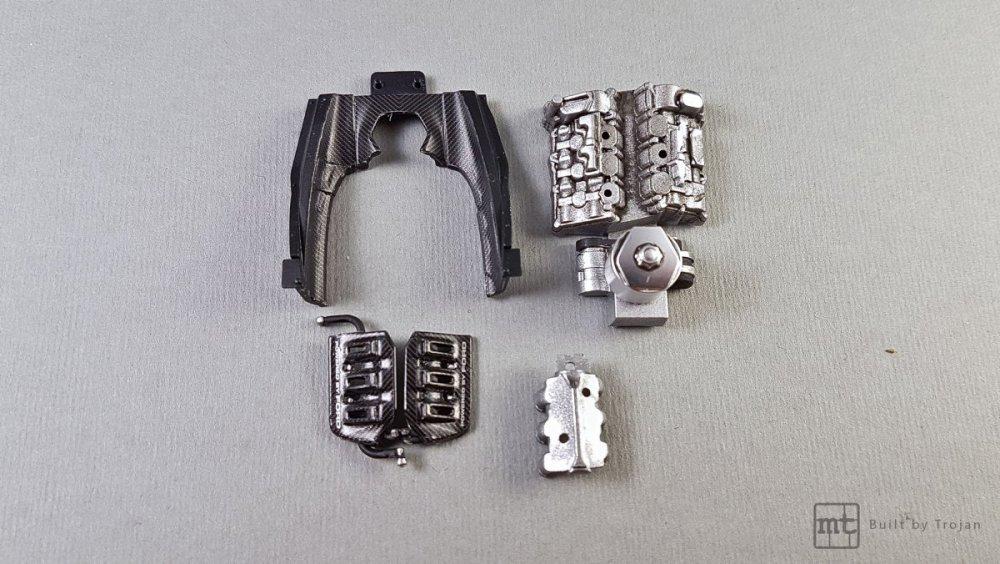 Ford-GT-Tamiya-fot-21.thumb.jpg.1c70b8d660345d287934263c2fd650ba.jpg