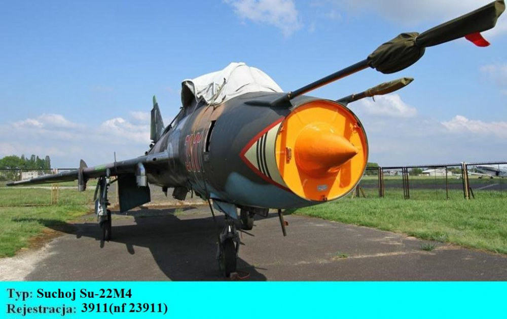 Suchoj Su-22M4.3911.Bydgoszcz-Szwederowo.2011(01).JPG