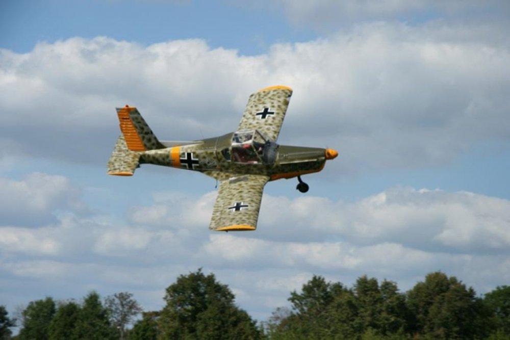 Zlin 42M.SP-AKF(5).jpg