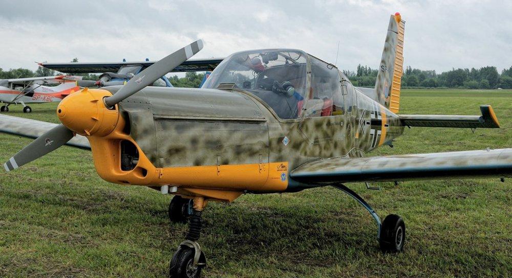 Zlin 42M.SP-AKF(8).jpg
