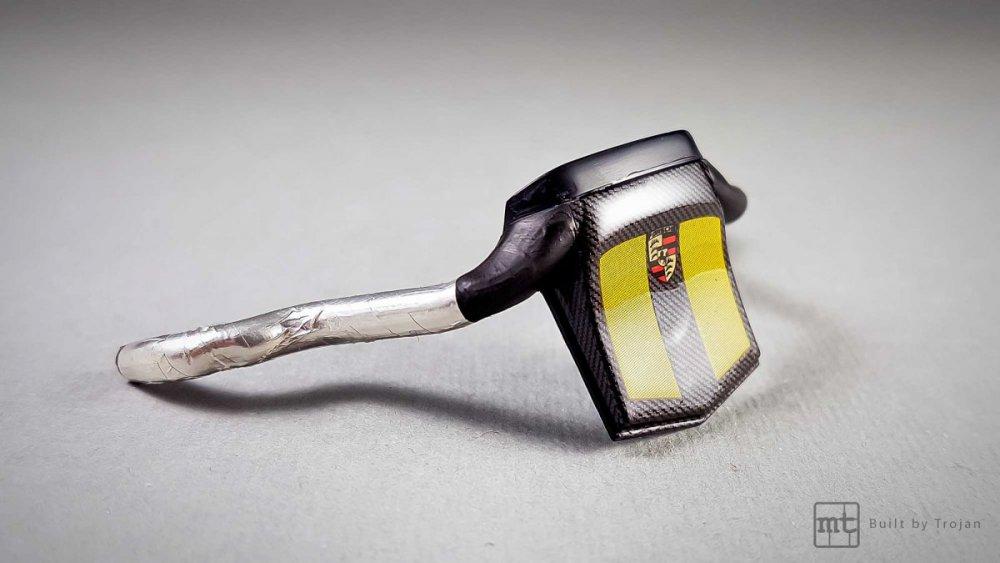 Porsche-911-GT1-Tamiya-fot12.thumb.jpg.44d2a23ab91b3d534d21e03a66f46b80.jpg