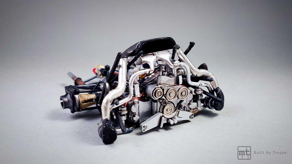 Porsche-911-GT1-Tamiya-fot16.thumb.jpg.5f045dc3d2e0808d9207704fbde85646.jpg