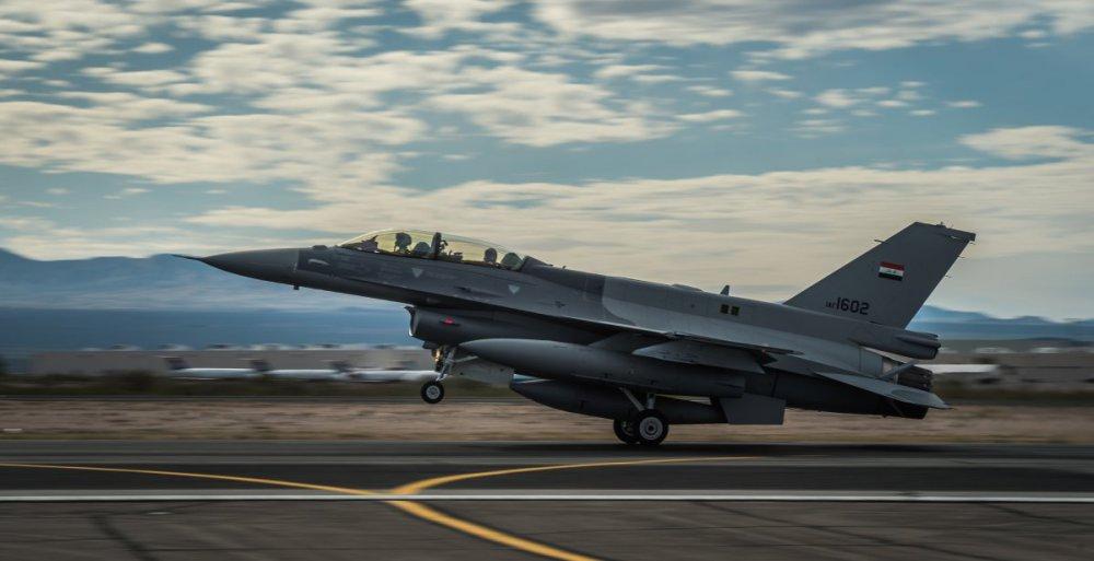118183044_F-16FightingFalcon(196).thumb.jpg.1a515f2d16f2c4fb47f37abf8d86fc35.jpg