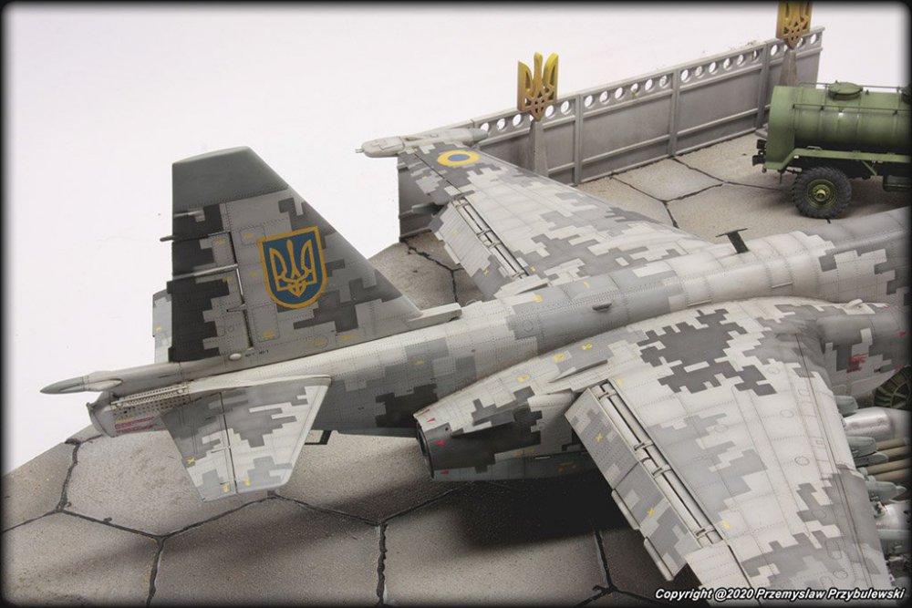 122412690_Model_067-Su-25AwithGaz-66016.thumb.jpg.822b00ab34baf011ca390b53ec7016e5.jpg