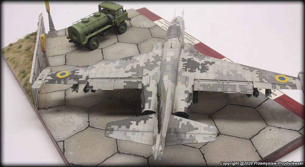 1283479933_Model_067-Su-25AwithGaz-66004.thumb.jpg.03973561bb41a2a1992ee010f05a3d80.jpg
