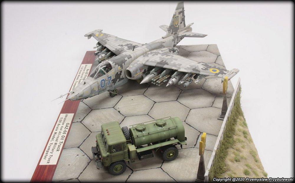 1761638544_Model_067-Su-25AwithGaz-66007.thumb.jpg.8f372c40c68c9e37a55b255ce3c756e3.jpg
