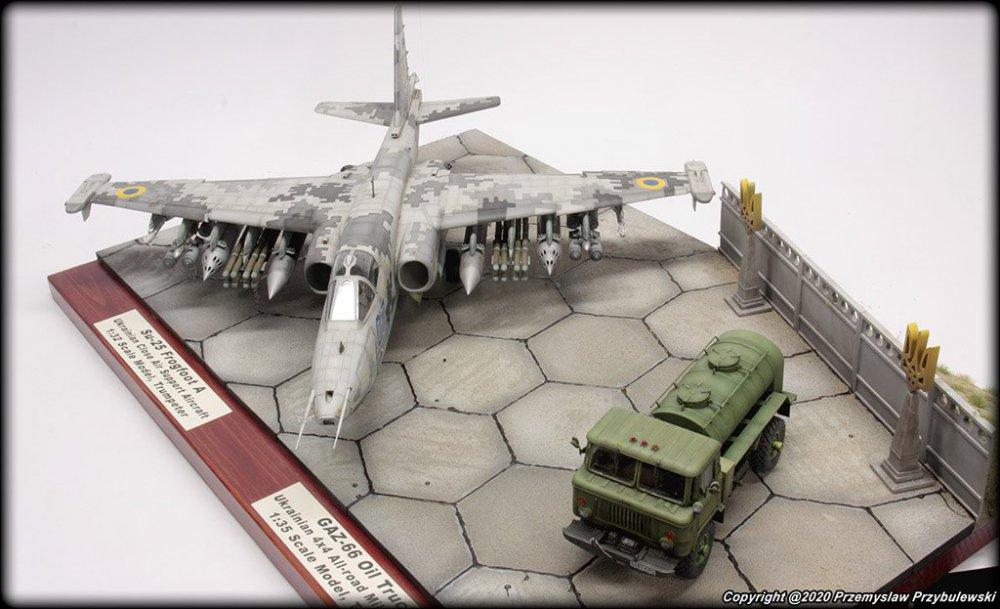 352283183_Model_067-Su-25AwithGaz-66008.thumb.jpg.cc213fba2bab2773510e518bfcc51016.jpg