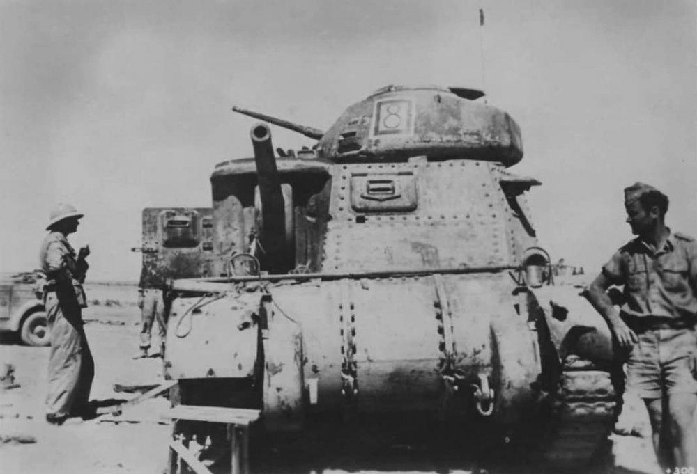 Captured_M3_Lee_Grant_Tank_North_Africa.jpg