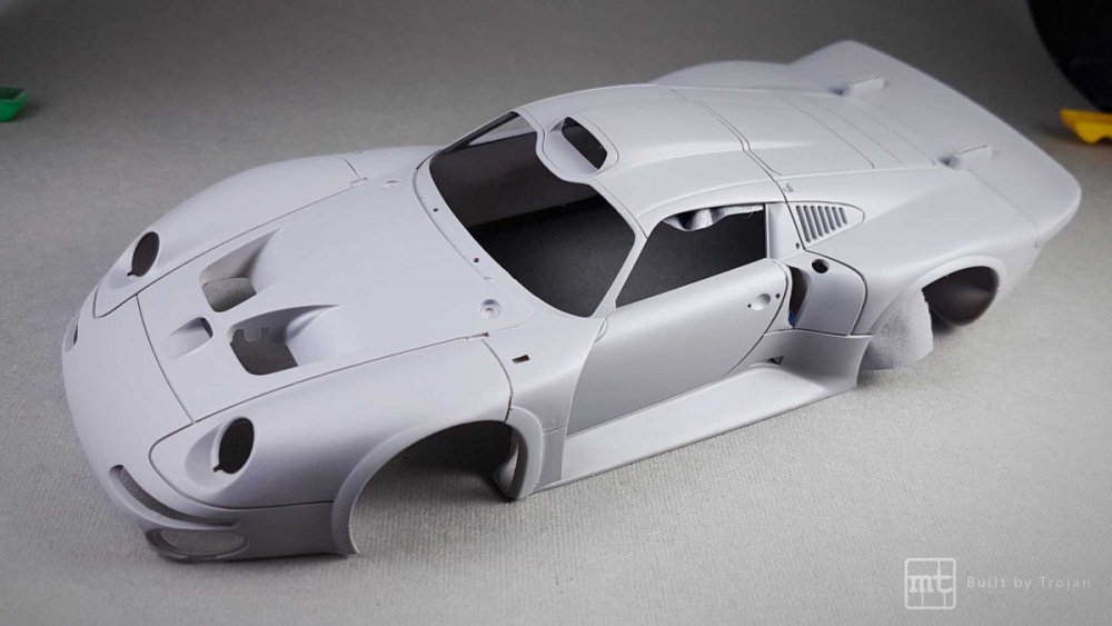 Porsche-911-GT1-Tamiya-fot52.thumb.jpg.98a2f7ca70b46ad68896bcec72ea5c10.jpg