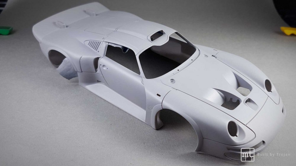Porsche-911-GT1-Tamiya-fot53.thumb.jpg.fa31ca98b5bc3a4a89075a20ec79c799.jpg