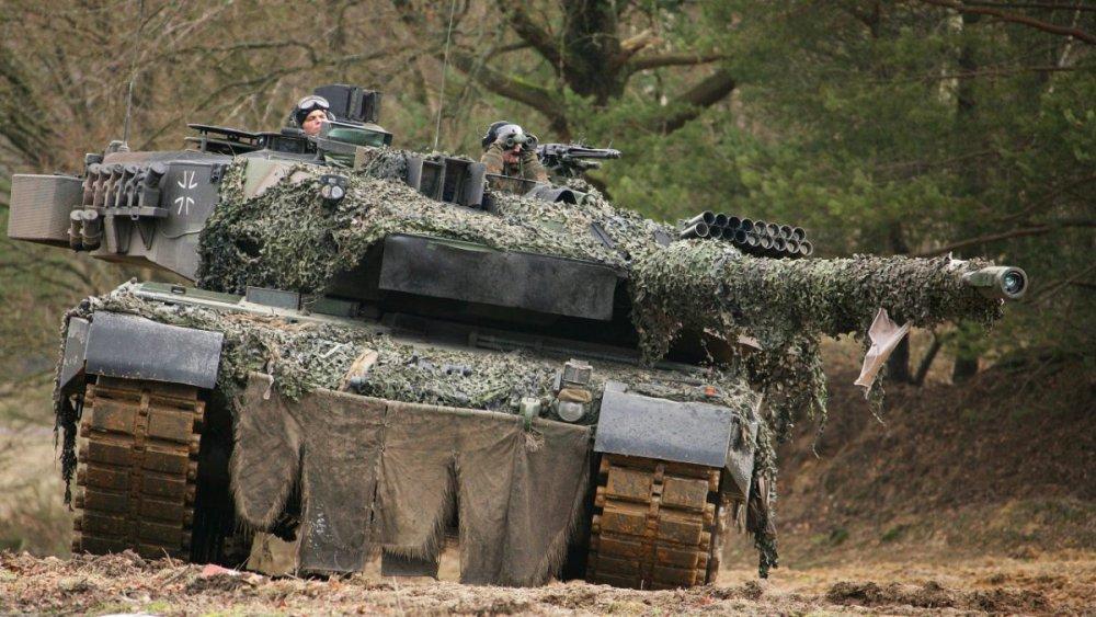 1606573212_Niemcy.Leopard2A6.(38).thumb.jpg.cbd3b54a691bea00de1719ded48771cf.jpg
